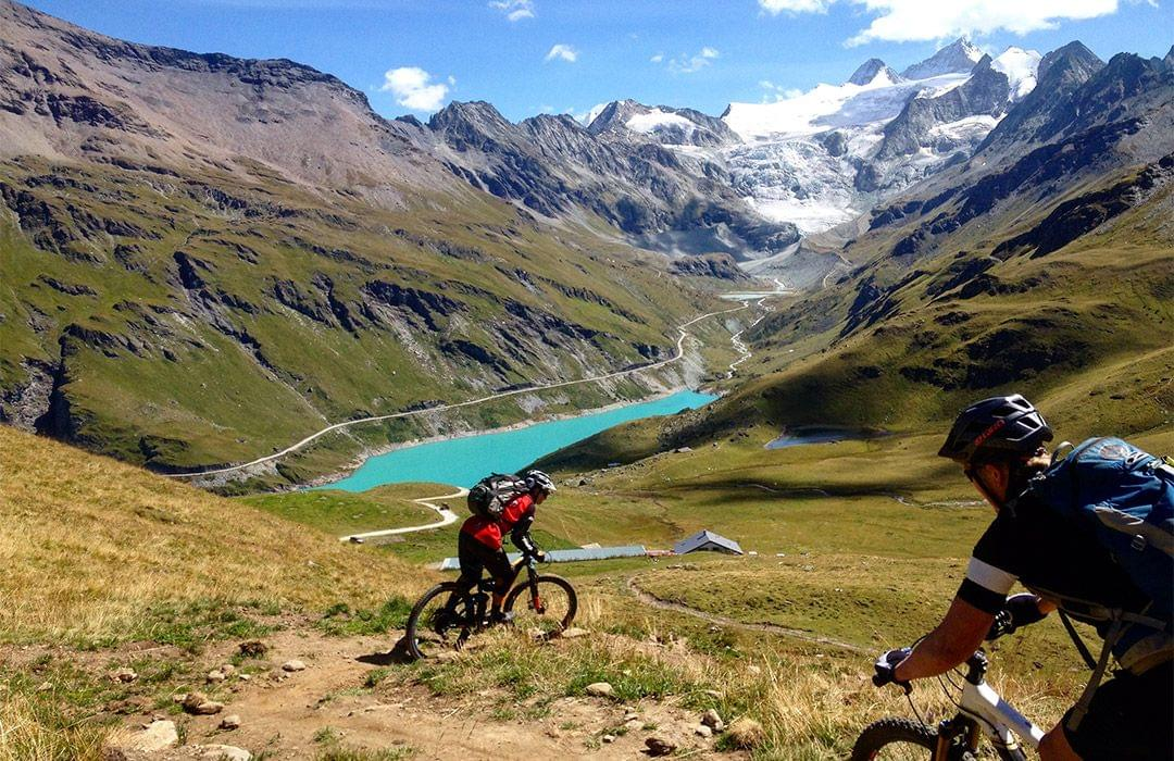 Mountainbiking in the Swiss Alps